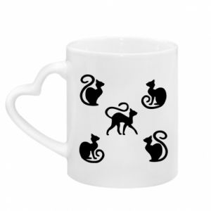 Mug with heart shaped handle 5 cats