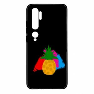 Xiaomi Mi Note 10 Case Pineapple on a bright background