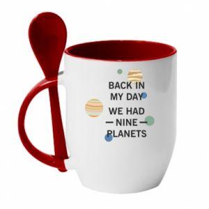 Kubek z ceramiczną łyżeczką Back in my day we had nine planets