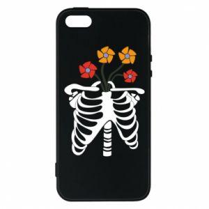 Etui na iPhone 5/5S/SE Bones with flowers