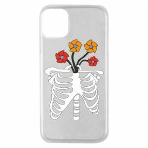 Etui na iPhone 11 Pro Bones with flowers