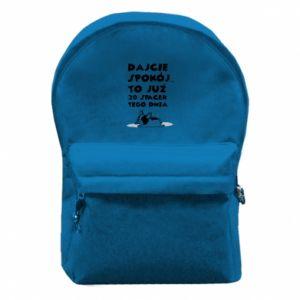 Plecak z przednią kieszenią DWUDZIESTY SPACER