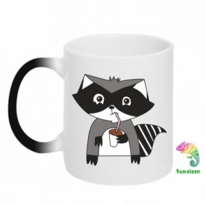 Kubek-kameleon Embarrassed raccoon with glass