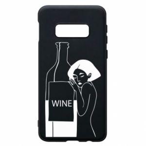 Phone case for Samsung S10e Girl hugging a bottle of wine - PrintSalon