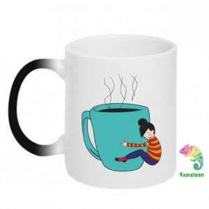 Chameleon mugs Hugging a cup of coffee