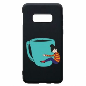 Phone case for Samsung S10e Hugging a cup of coffee - PrintSalon