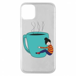 Etui na iPhone 11 Pro Hugging a cup of coffee