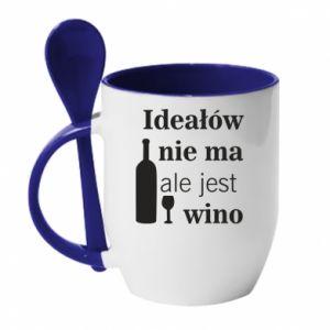 Kubek z ceramiczną łyżeczką Ideałów nie ma, ale jest wino