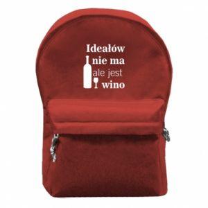 Plecak z przednią kieszenią Ideałów nie ma, ale jest wino