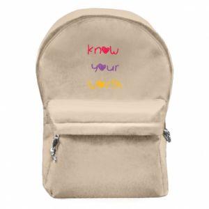 Plecak z przednią kieszenią Know your worth