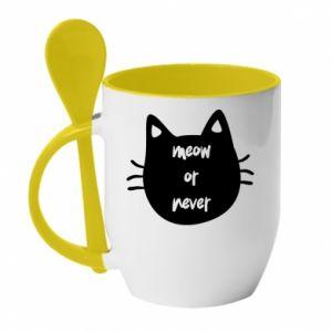 Kubek z ceramiczną łyżeczką Meow or never - PrintSalon