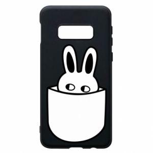 Samsung S10e Case Bunny in the pocket
