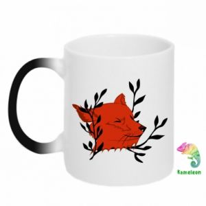Chameleon mugs Fox with closed eyes