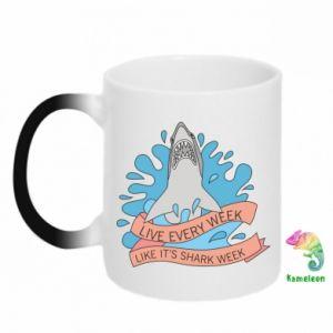 Kubek-magiczny Live every week like it's shark week