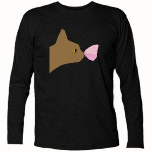 Long Sleeve T-shirt Butterfly on the cat's nose