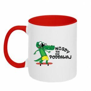 Two-toned mug Never give up, with crocodile - PrintSalon