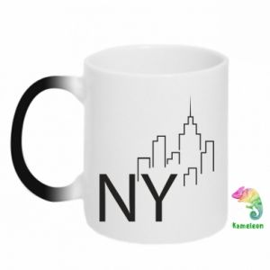 Chameleon mugs NY city