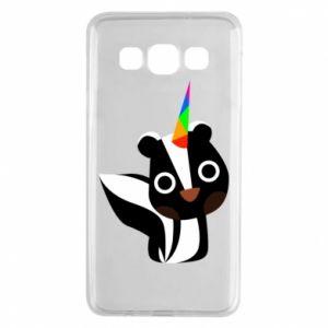 Etui na Samsung A3 2015 Pensive skunk
