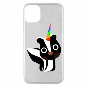 Etui na iPhone 11 Pro Pensive skunk