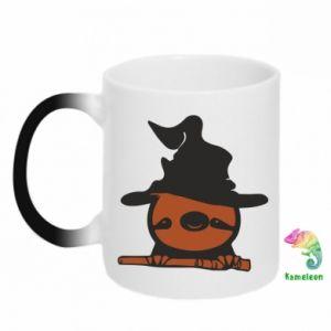 Kubek-kameleon Sloth in a hat