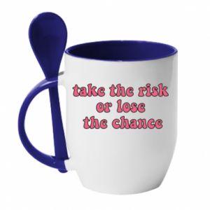 Kubek z ceramiczną łyżeczką Take the risk or lose the chance