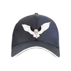 Cap The owl flies on you