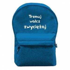 Plecak z przednią kieszenią Trenuj, walcz, zwyciężaj