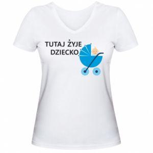 Damska koszulka V-neck Tutaj żyje dziecko - PrintSalon