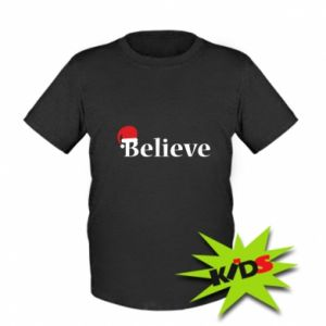 Kids T-shirt Believe in a hat