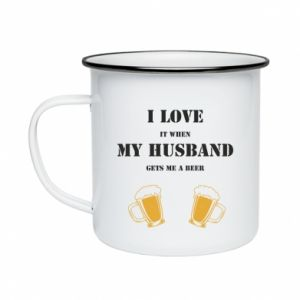 Enameled mug Wife and beer