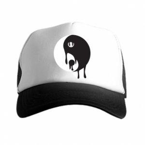 Trucker hat Yin-Yang smudges
